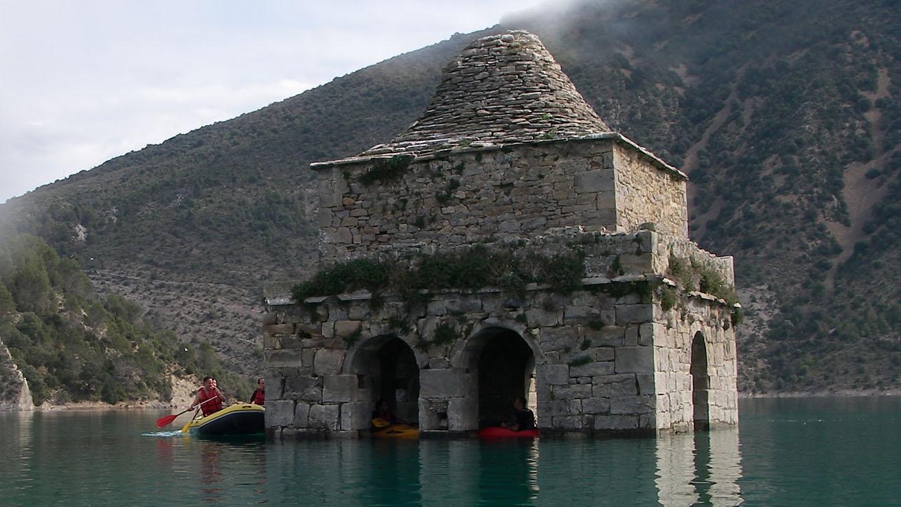 Canoa Kayak Pirineos Torre de Mediano