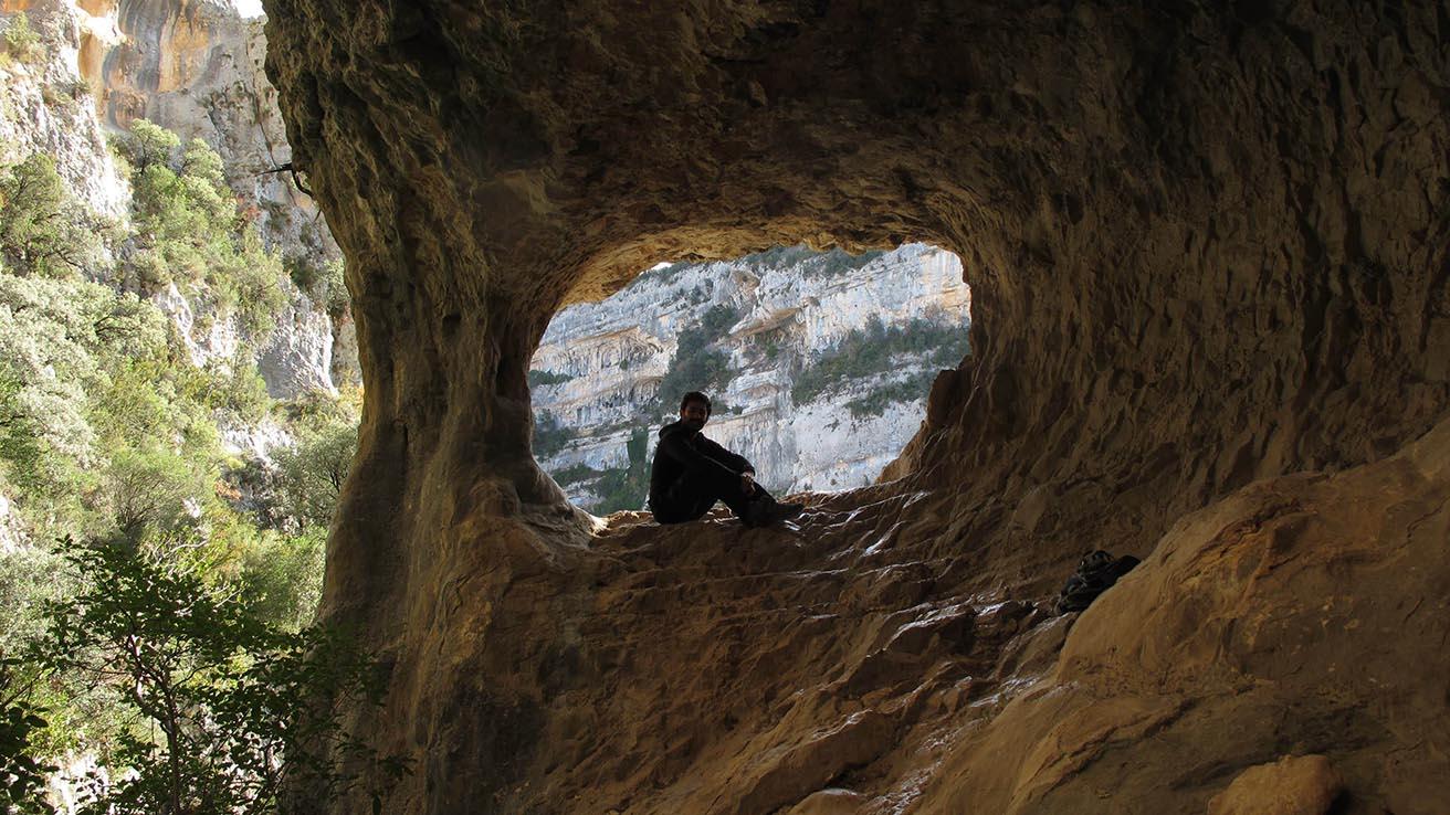 Geologia Pirineos Formacion en Cañon Rio Vero