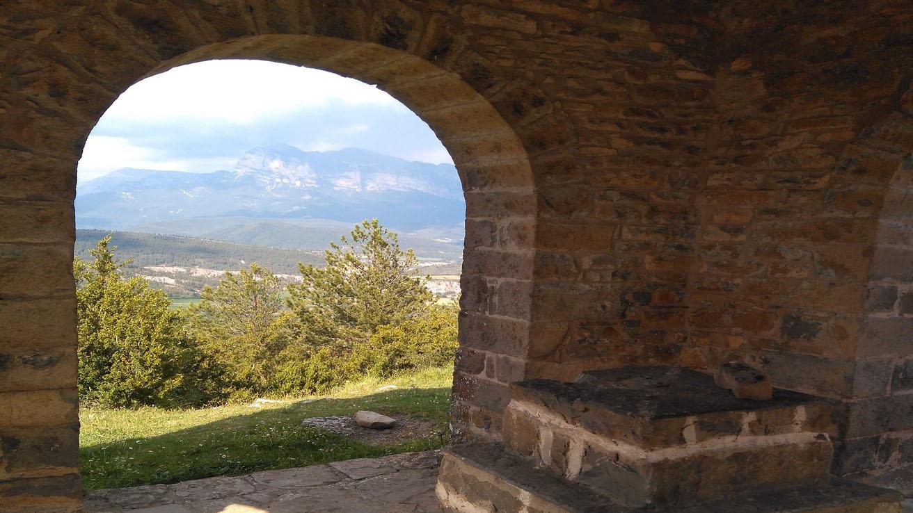 Interior Esconjuradero en Guaso - Sobrarbe cortada