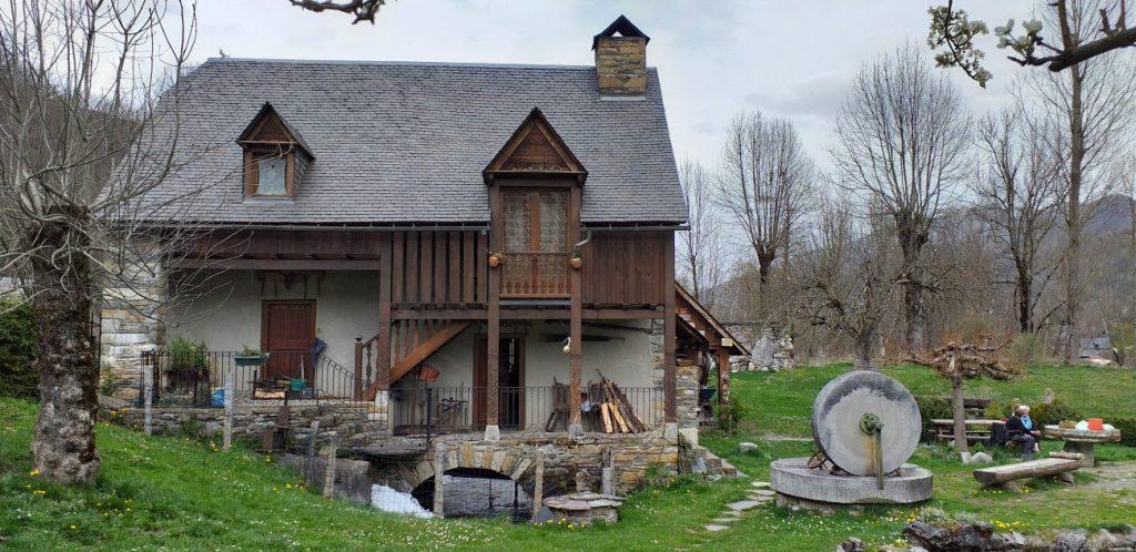 Le-Moulin-de-Saoussas-casa-1024x498