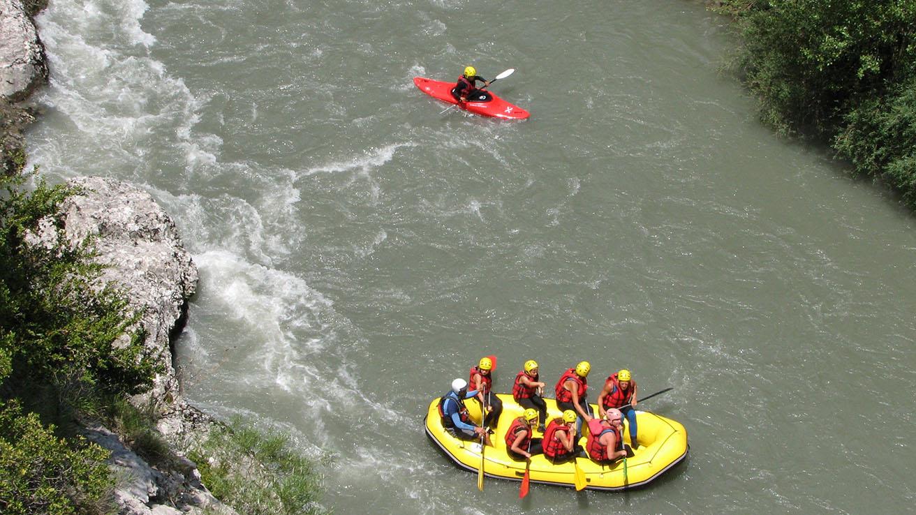 Rafting Pirineos Rio Esera Ribagorza