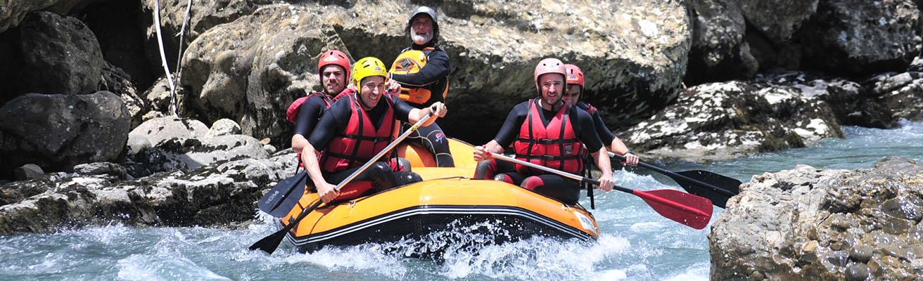 pirineos rafting