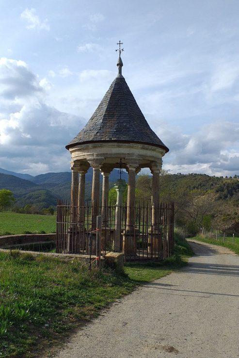 Monumento a la Cruz Cubierta en Aínsa, Huesca