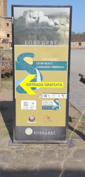 Entrada al Geoparque Sobrarbe - Pirineos