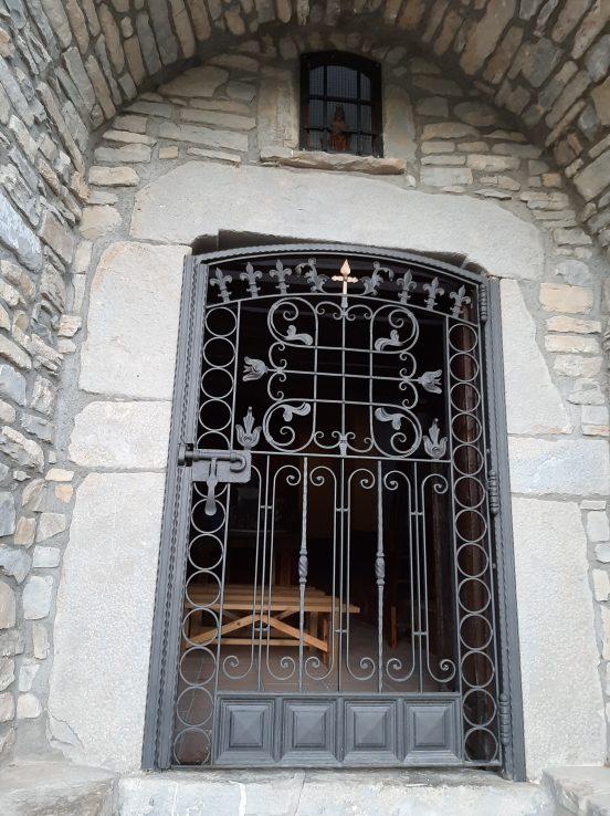 Puerta de la ermita de Santa Bárbara